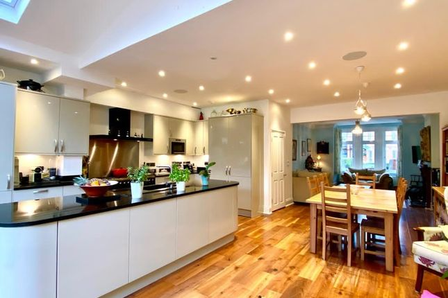 4 bed terraced house for sale in Sutton Road, London N10