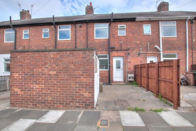 Thumbnail Terraced house for sale in Hedgefield View, Newcastle Upon Tyne