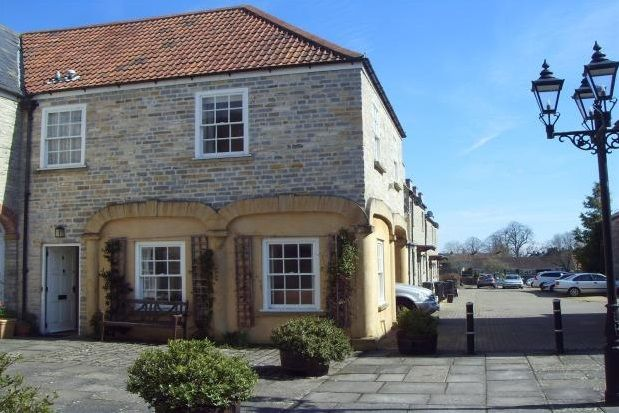 Thumbnail Property to rent in Red Lion Court, Somerton