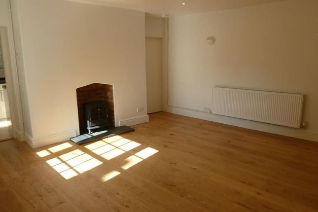 Thumbnail Flat to rent in North Street, Exmouth