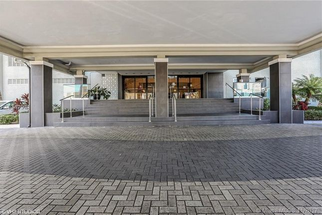 1 bed apartment for sale in 6770 Indian Creek Dr, Miami Beach, Florida, United States Of America