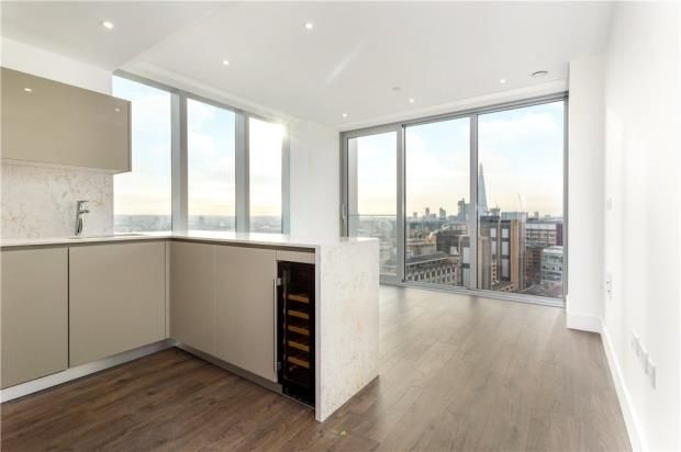 Thumbnail Flat for sale in Perilla House, 17 Stable Walk, London