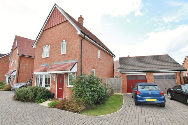 3 bed detached house to rent in Beaker Place, Milton, Abingdon OX14