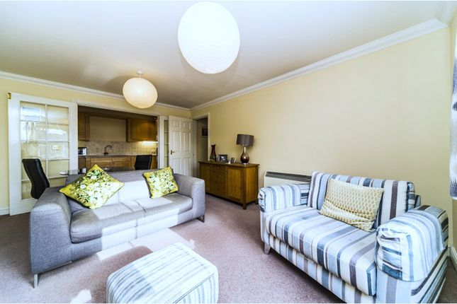 Thumbnail Flat for sale in 278 The Vale, London