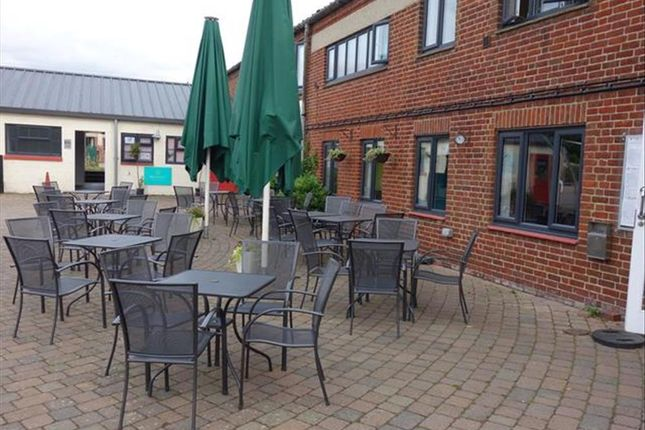 Thumbnail Restaurant/cafe for sale in Well Established Cafe/Restaurant With 100 Covers ME13, Ospringe, Kent