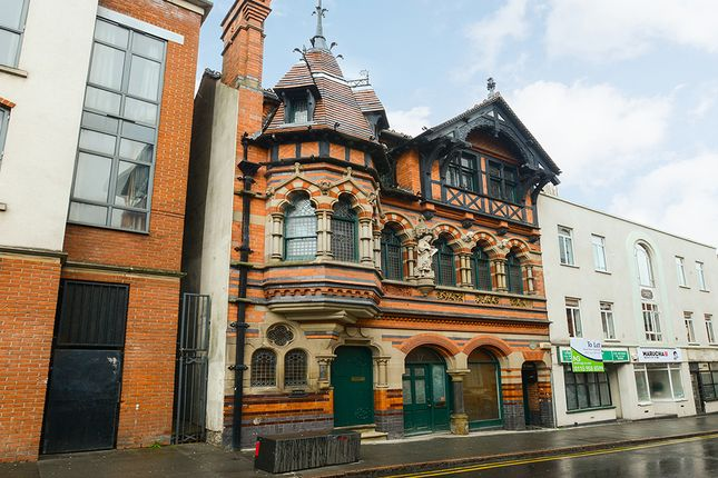Terraced house to rent in George Street, Nottingham