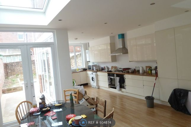 Thumbnail Terraced house to rent in Polsloe Road, Exeter