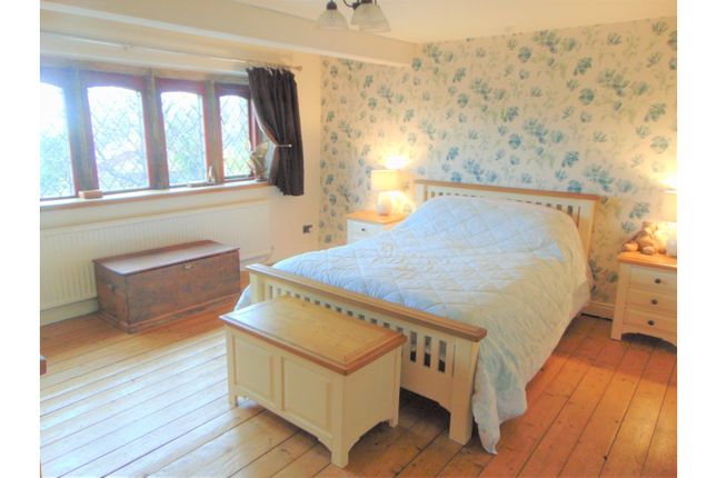 Thumbnail Terraced house for sale in Stockport Road, Oldham