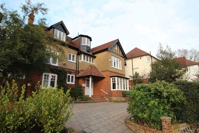 Thumbnail Property to rent in Hurst Avenue, Highgate