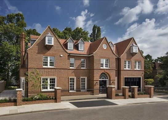 Thumbnail Property to rent in Canons Close, Hampstead, London