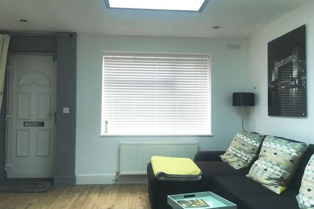 Flat for sale in South Ealing Road, London