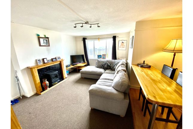 2 bed flat for sale in John Lewis Street, Milford Haven SA73