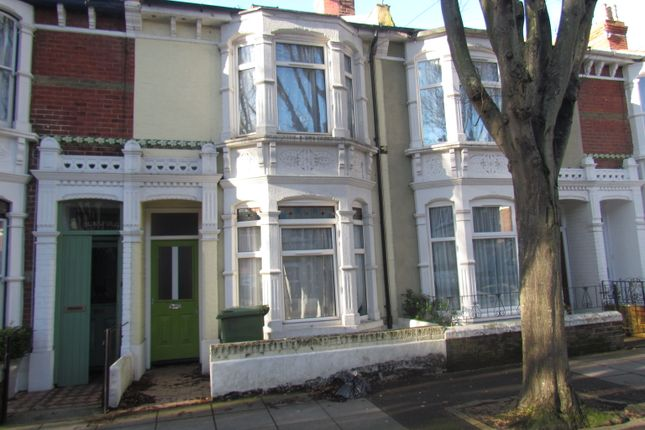 Thumbnail Room to rent in Frensham Road, Southsea