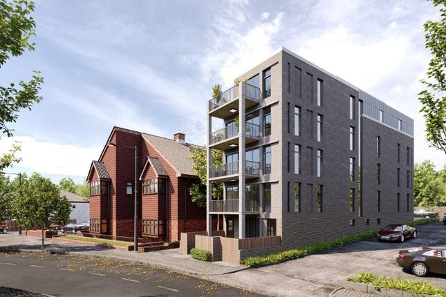 Thumbnail Flat for sale in Whytecliffe Road South, Purley