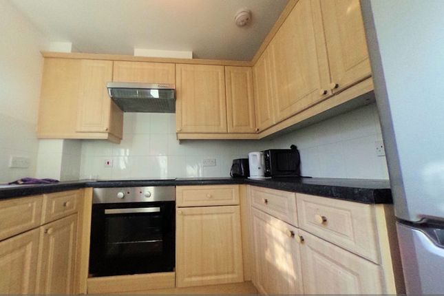 Thumbnail Shared accommodation to rent in Maria Court, Colchester