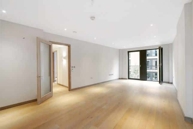 Thumbnail Flat to rent in Chivers Passage, London