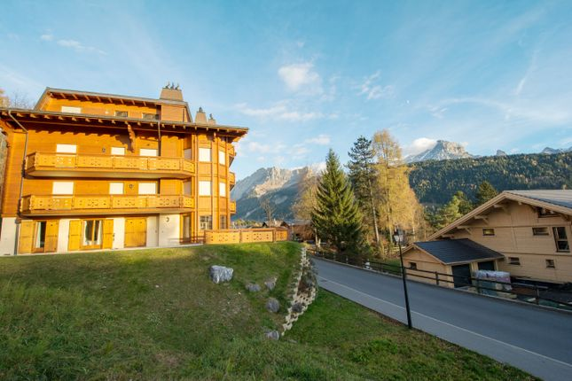 Thumbnail Apartment for sale in Villars, Switzerland