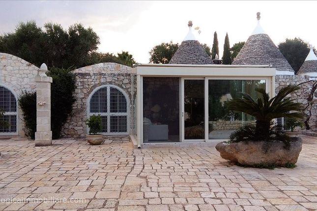 Thumbnail Farmhouse for sale in S.P. 31, Ostuni, Apulia