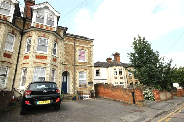 1 bed flat to rent in Nightingale Road, Guildford, Surrey