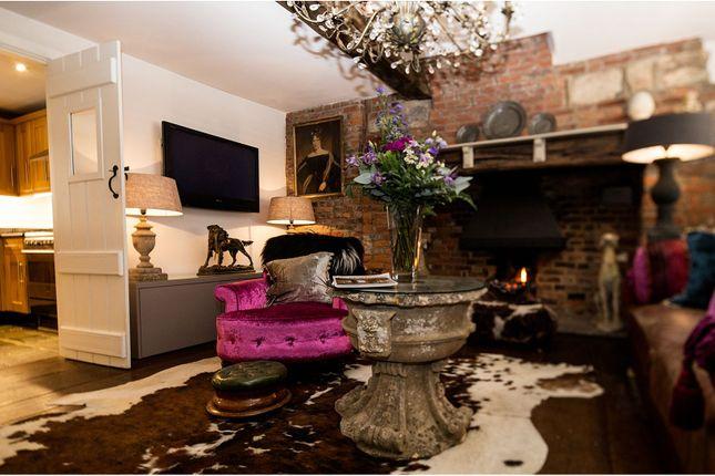 Sitting Room of 2 High Street, Hadlow TN11