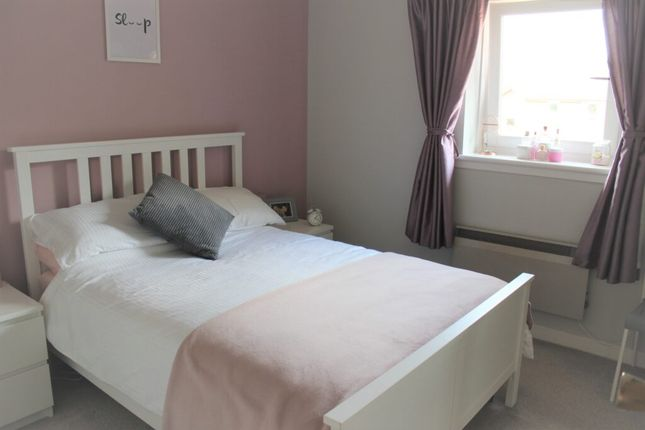 Bedroom 1 of Holmlea Road, Glasgow G44