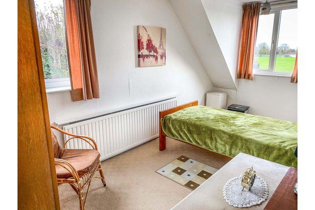 Bedroom Two of Cedar Way, Wellingborough NN8