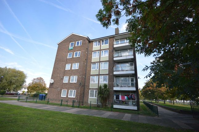 Thumbnail Flat for sale in Panfield Road, London
