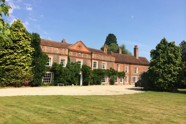 Thumbnail Country house to rent in Station Road, Witham, Essex