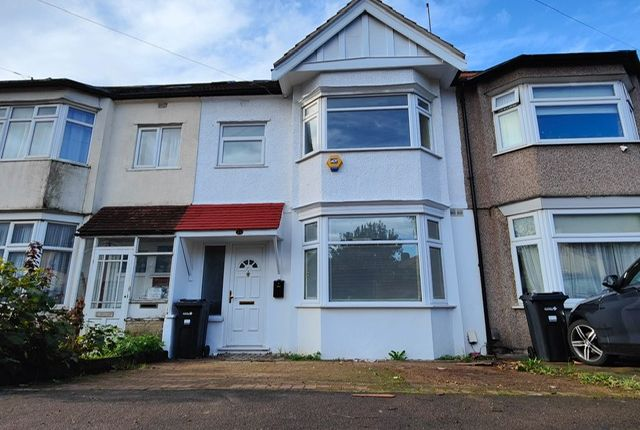 Thumbnail Terraced house to rent in Roll Gardens, Ilford, Essex