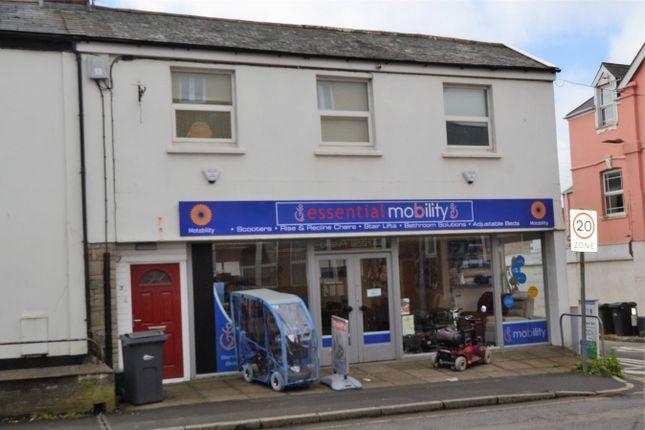 3 bed flat to rent in Rolle Street, Barnstaple, Devon