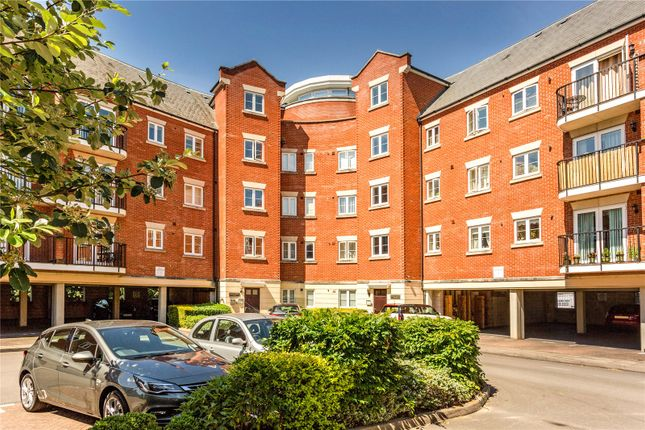 Thumbnail Flat for sale in Regency Court, 59 Brookbank Close, Cheltenham, Gloucestershire