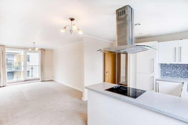 2 bed flat for sale in Fleet Street, Brighton