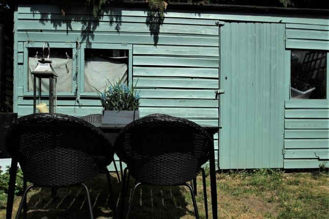 Seating Area of Napier Road, Tunbridge Wells TN2