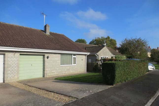 Thumbnail Bungalow to rent in Sycamore Drive, Huish Episcopi, Langport