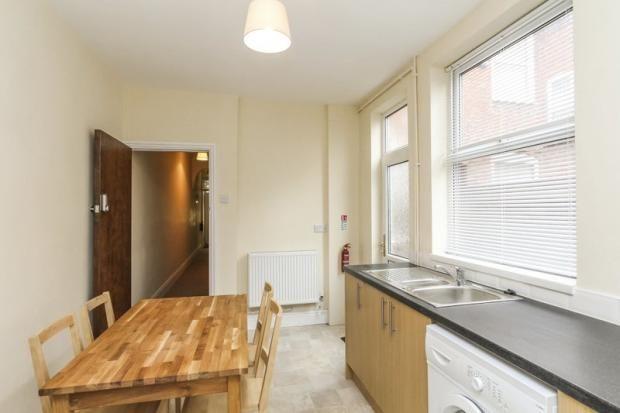 Communal Kitchen of Bearwood Road, West Midlands B66