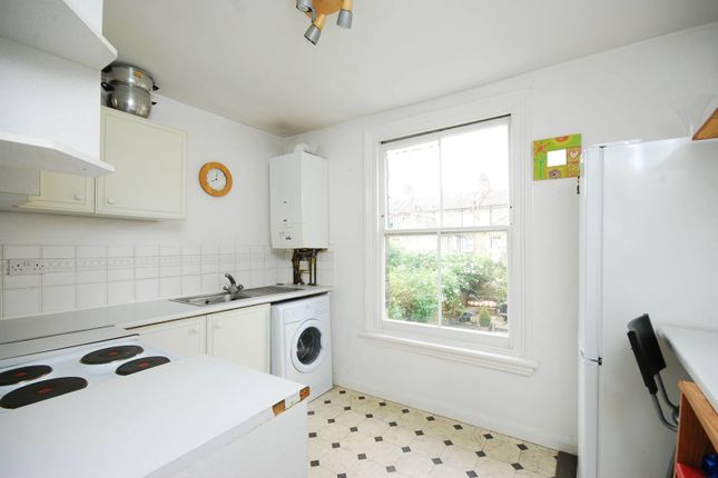 1 bed flat to rent in Ongar Road, Fulham