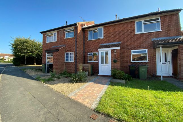 2 bed property to rent in Acorn Way, Wigston LE18