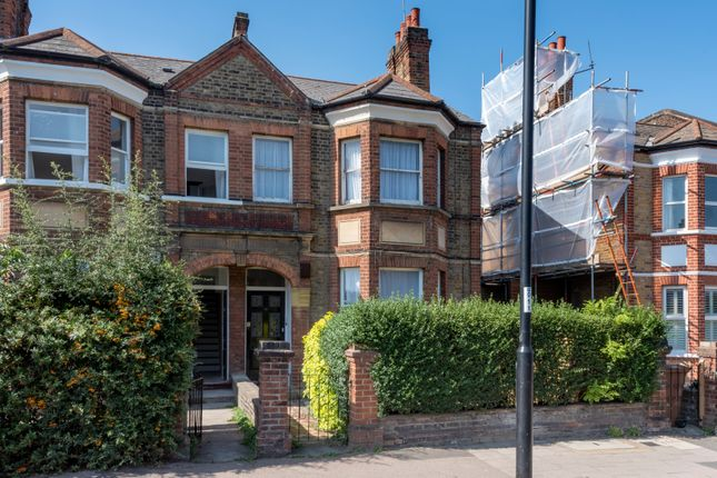 2 bed flat for sale in Stondon Park, London SE23