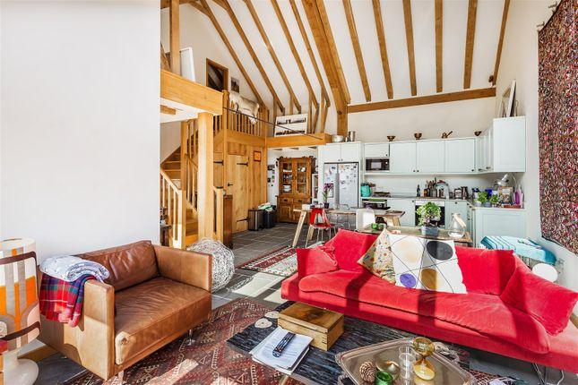 House. Estate Agency Wormley