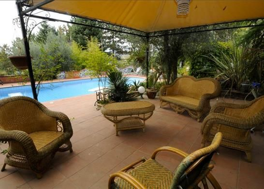 10 bed detached house for sale in 05024 Giove Tr, Italy