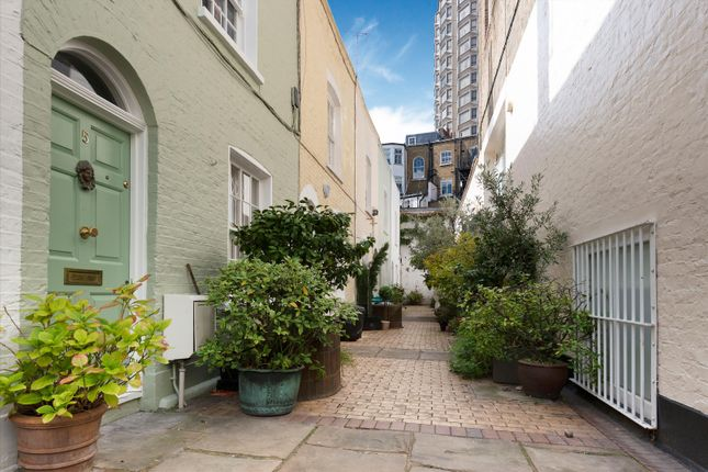 Image of Kinnerton Place North, Belgravia, London SW1X