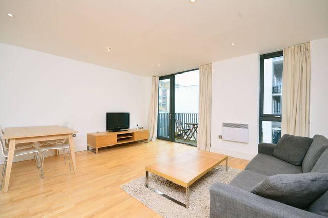 Thumbnail Flat to rent in City Walk, Bermondsey