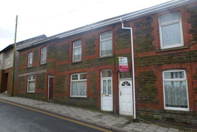 Thumbnail Flat to rent in High Street, Tonyrefail, Porth