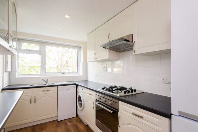 Thumbnail Flat to rent in Aldersyde Court, Dringhouses, York