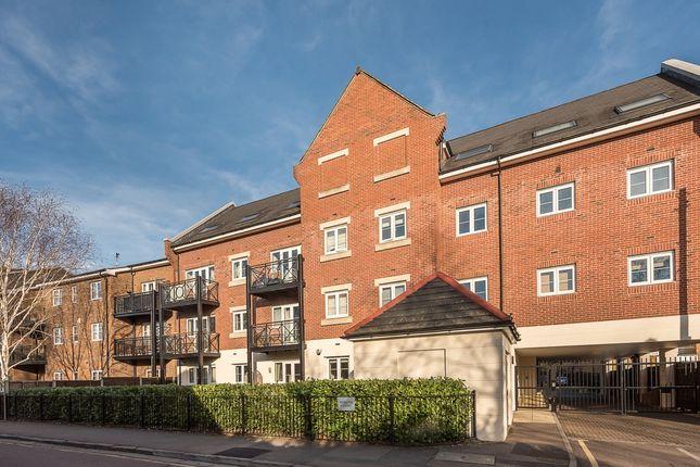 Thumbnail Flat to rent in Wharf Lane, Rickmansworth