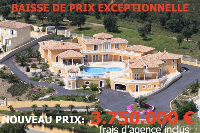 Thumbnail Villa for sale in Les Issambres, Les Issambres, 83380, France