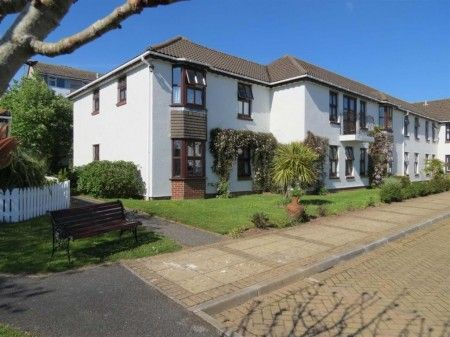 Thumbnail Flat to rent in St. Austell