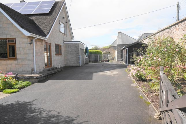 Gated Driveway of Dinder, Wells BA5