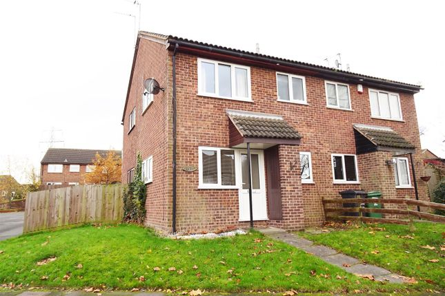 Thumbnail Town house for sale in Pennine Close, Shepshed, Leicestershire