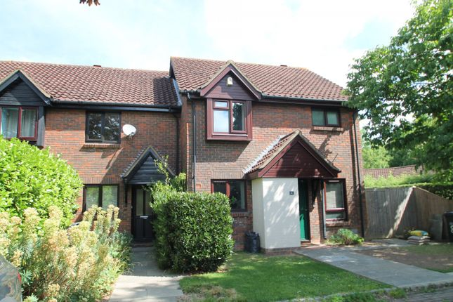 Thumbnail Terraced house to rent in Rickwood, Horley
